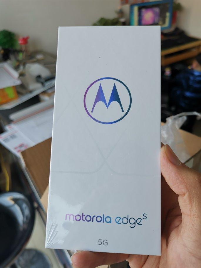 摩托罗拉edge s智能手机,6.7英寸玩游戏体验更好