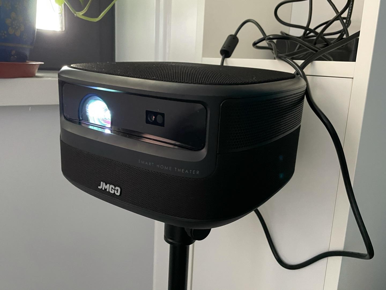 坚果超清V10投影仪,给你带来电影院级体验 6999元