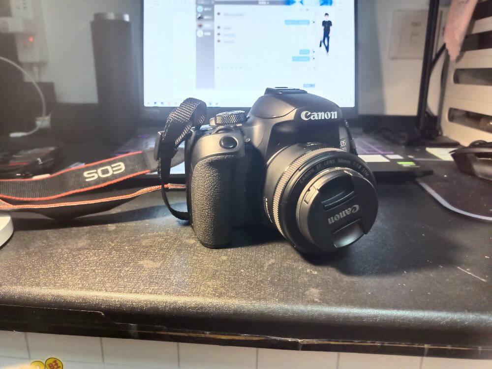 佳能(Canon)EOS850D单反相机单反机身(约2410万像素DIGIC84KUHD短片WiFi)