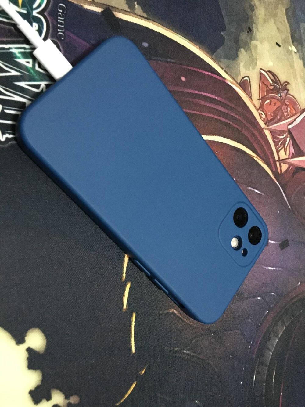 品胜苹果12手机壳iphone12液态硅胶保护套全包防摔12软壳直边网红新款手机壳黑色