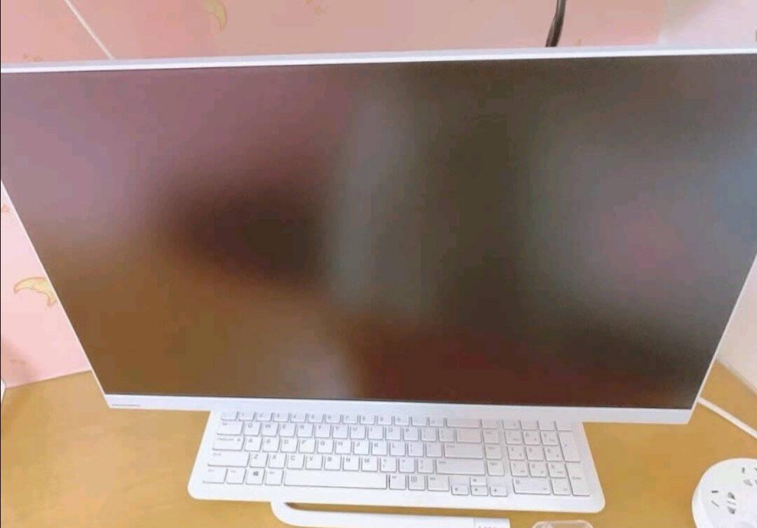 联想(Lenovo)AIO逸商务办公一体机台式机家用电脑网课23.8英寸i5-10210U8G512G固态黑色