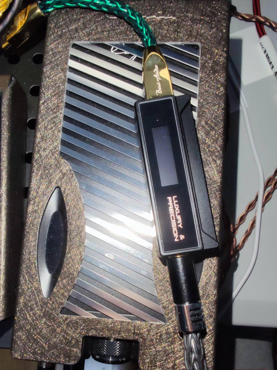精奢乐彼乐彼W2旗舰HIFI便携解码耳放一体机超大推力便携小尾巴安卓苹果通用黑色