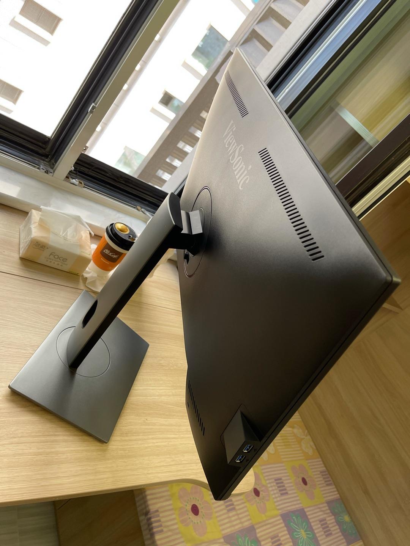 优派28英寸4K超高清显示器,设计师用的多设备切换
