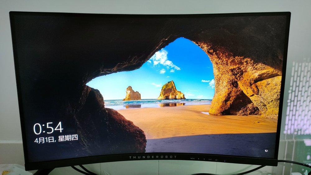 雷神27英寸电竞显示器,1000R曲率带来更沉浸式体验