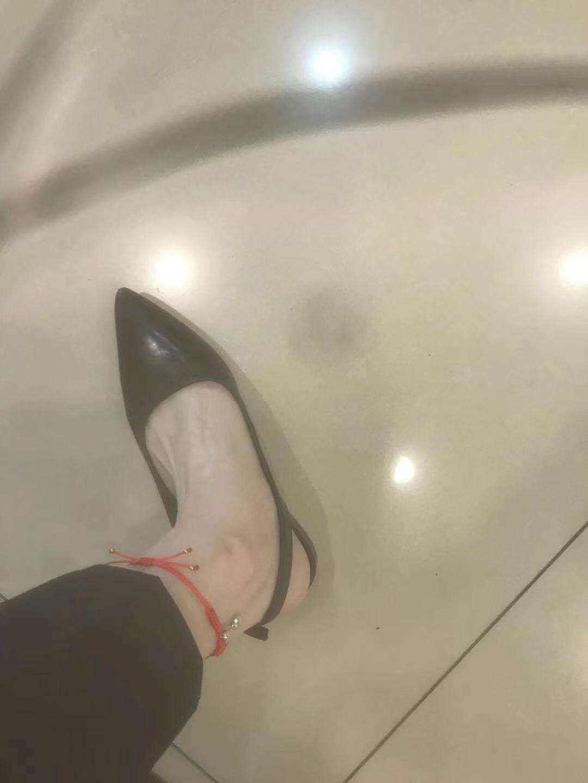 Clarks其乐女鞋2020经典款Laina15Sling复古小方跟仙女风单鞋白色26148861436