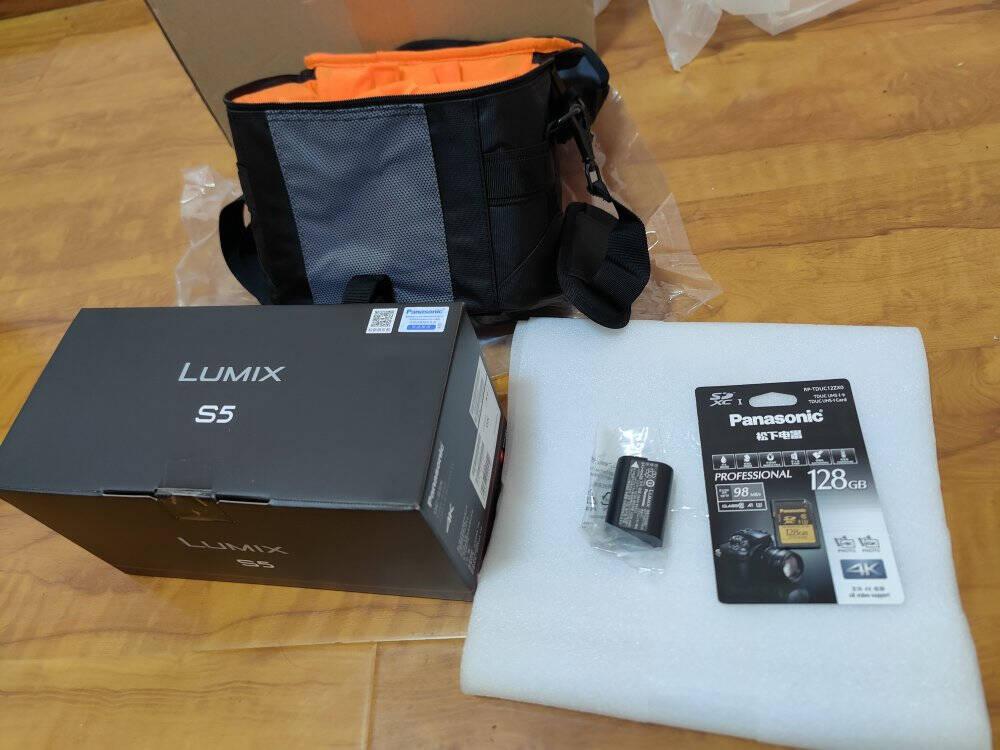 松下(Panasonic)S5/S5K/S5C全画幅微单/单电无反数码相机L卡口(双原生ISO)S5+【20-60mm/F3.5-5.6】原封套机