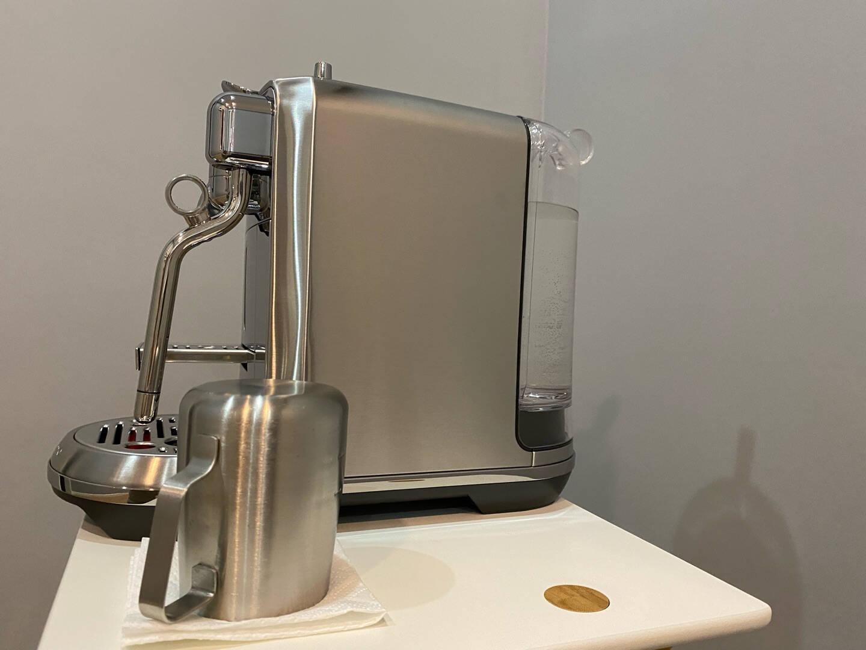 【6.16惊喜预告】Nespresso胶囊咖啡机套装全自动花式奶沫一体咖啡机内含100颗咖啡胶囊J520银色及遇意悠长10条装