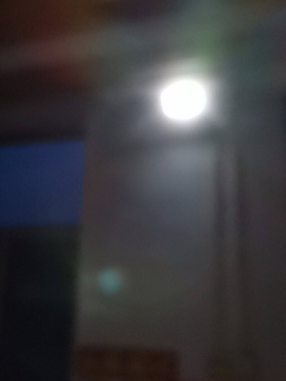 TCL太阳能灯户外庭院灯一拖二新农村家用室内花园照明led投光灯防水感应路灯65+65W(双灯头)+10米线+照约120平