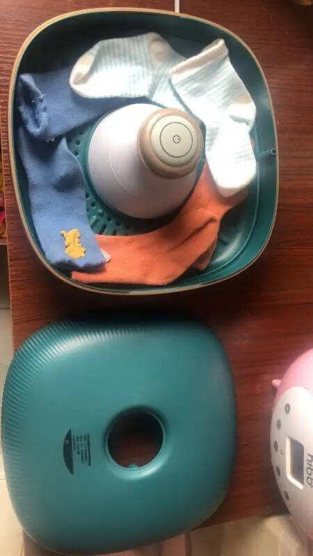 美的(Midea)紫外线内衣内裤消毒机杀菌干衣盒月光宝盒护理机便携高温臭氧杀菌衣物烘干器(森墨绿)MDV-N02