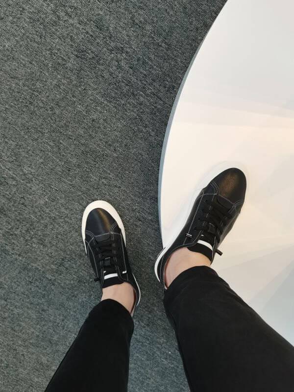【折】百丽男鞋2021夏季新商场同款牛皮革潮流休闲板鞋轻便小白鞋7EX01BM1【A】黑色39
