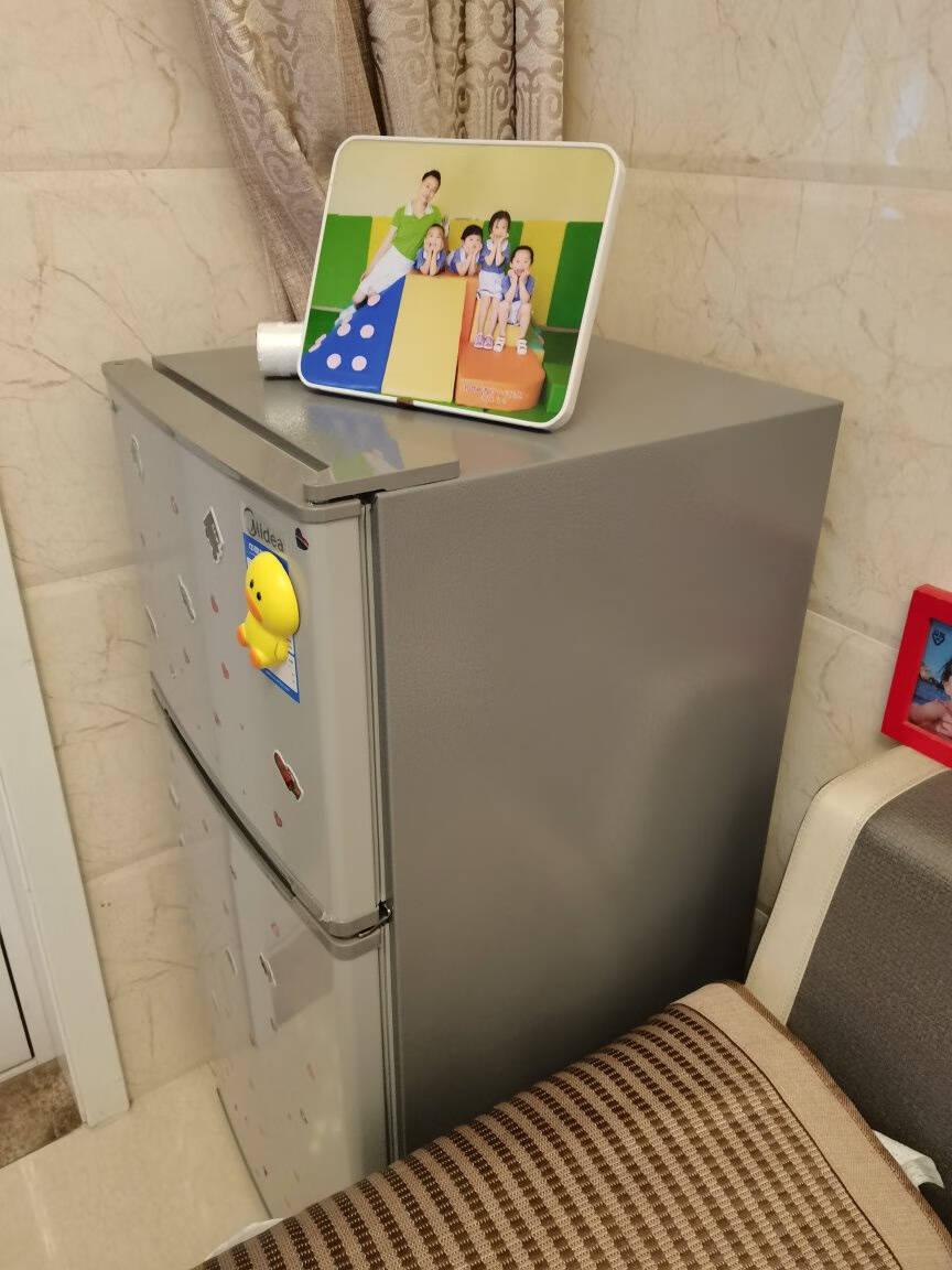 美的(Midea)112升双开门小冰箱迷你双温家用租房小冰箱两门浅灰色BCD-112CM