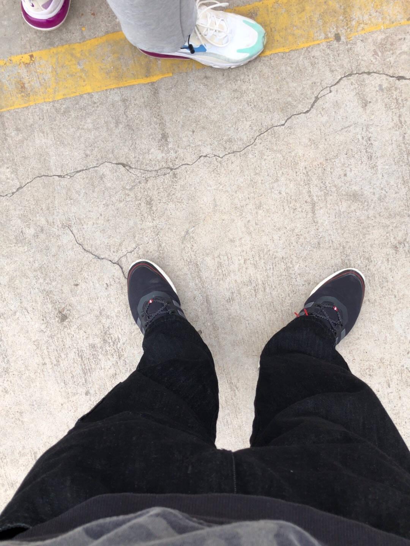 熊猫本2021牛仔裤男宽松潮牌春夏水洗直筒裤松紧日系男士休闲长裤黑色(黑白抽绳随机)170/M