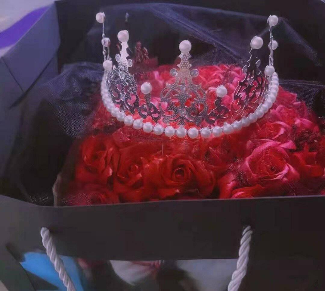 甜蜜点红色满天星干花花束永生花鲜干花教师节礼物送女老师纪念日表白生日送女朋友