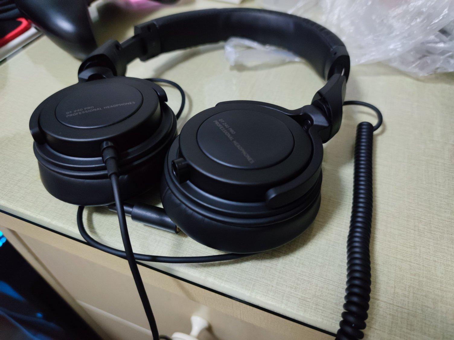 拜亚动力HiFi级音质头戴式耳机,拍视频监听用,送工作用男友礼物