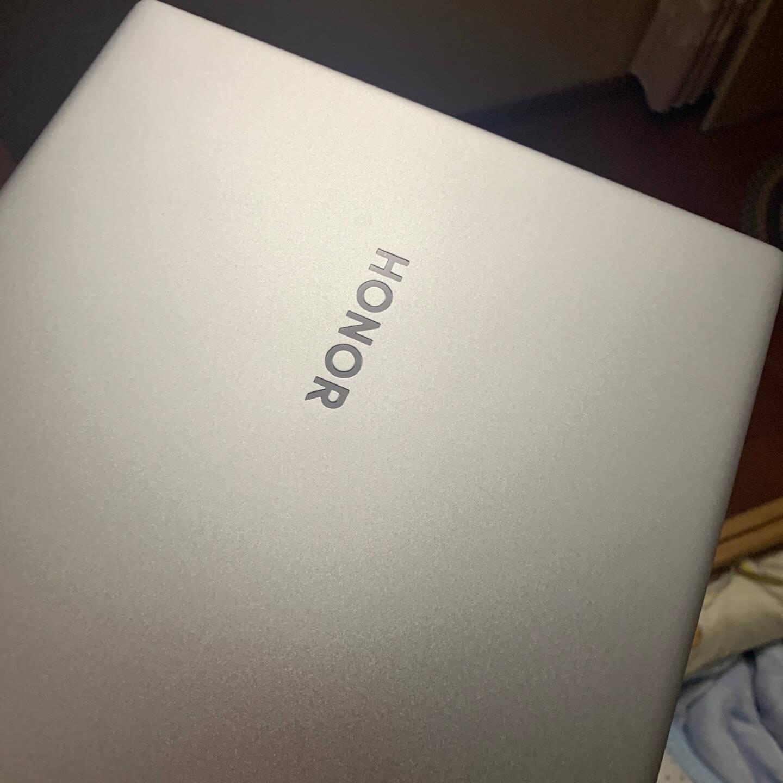 荣耀笔记本MagicBookX14202114英寸全面屏轻薄笔记本电脑(i310110U8GB256GB多屏协同)冰河银