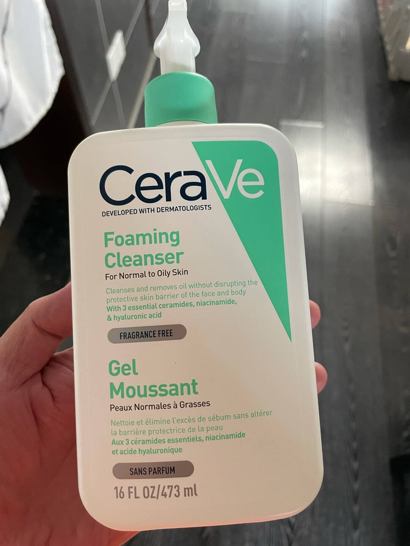美国CeraVe适乐肤洗护净颜套装(C乳236ml+氨基酸洁面236ml)欧莱雅集团套装礼盒清洁补水保湿男女适用