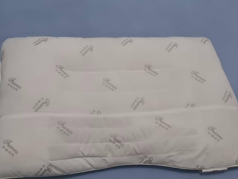 富安娜家纺枕头单人颈椎草本枕芯防螨面料决明子枕头芯低枕中枕高枕可选抗菌款学生枕一个-60*40cm高约8cm