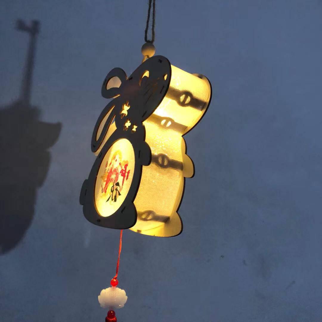 新新精艺灯笼中秋节兔子灯笼儿童礼物手工diy灯笼材料包卡通创意装饰古风纸灯笼手提宫灯花灯木雕灯1个装