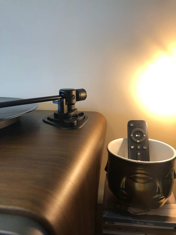 嘿哟HYM-Seed胡桃木黑胶唱片机智能音响黑胶LP电唱机蓝牙音箱