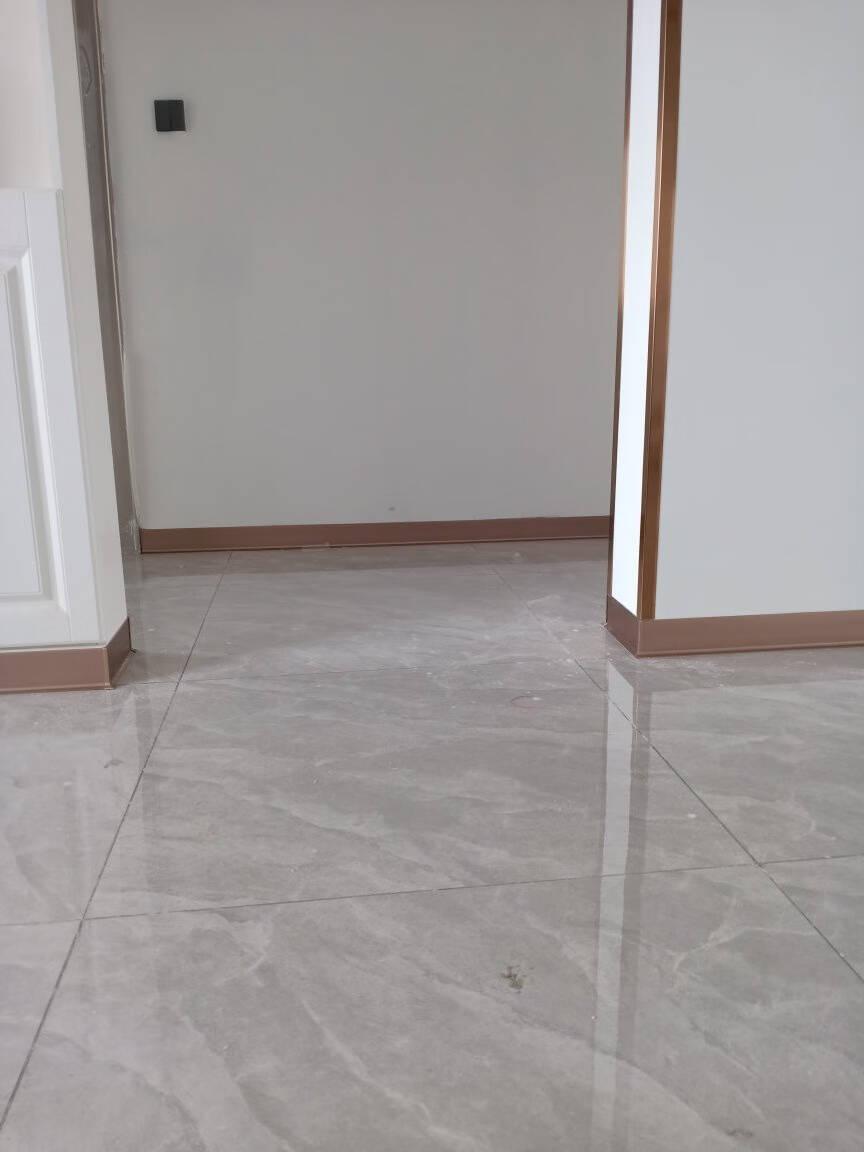 青青丽舍铝合金踢脚线不锈钢贴脚线金属地脚线白色实木踢脚板地角线墙贴4/6/8/10厘米6cm宽/2.5米长