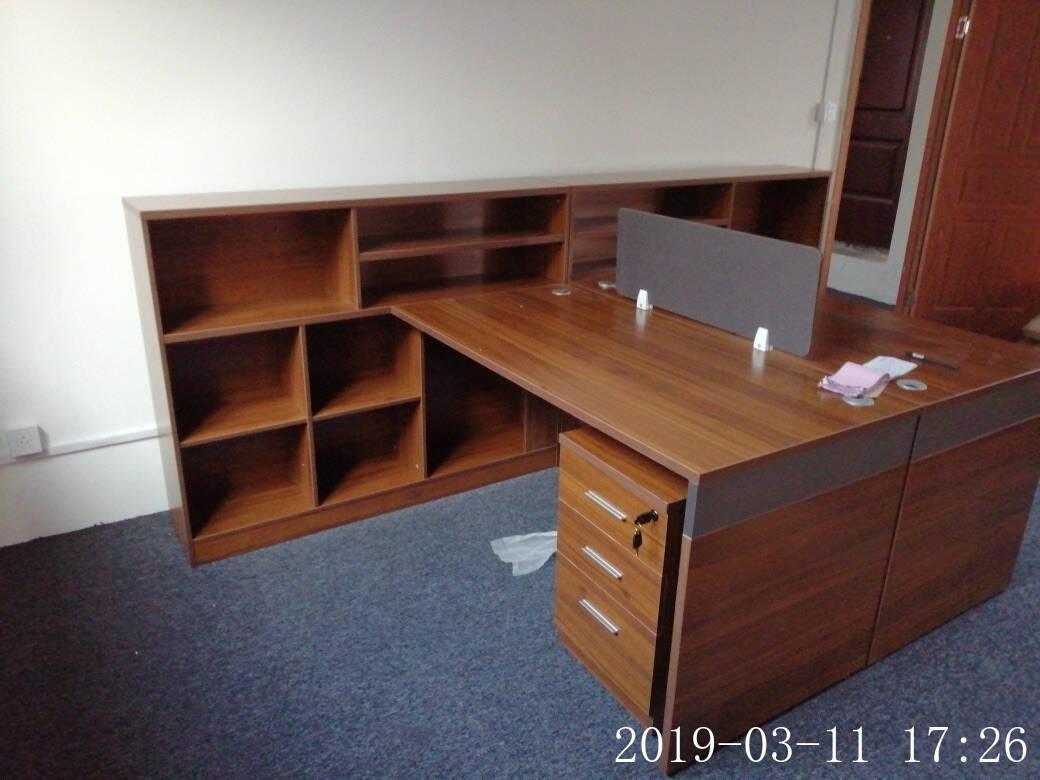 曲森(QUSEN)办公桌组合办公家具简约现代职员桌双人位财务办公桌椅工位桌定制(色卡一块)