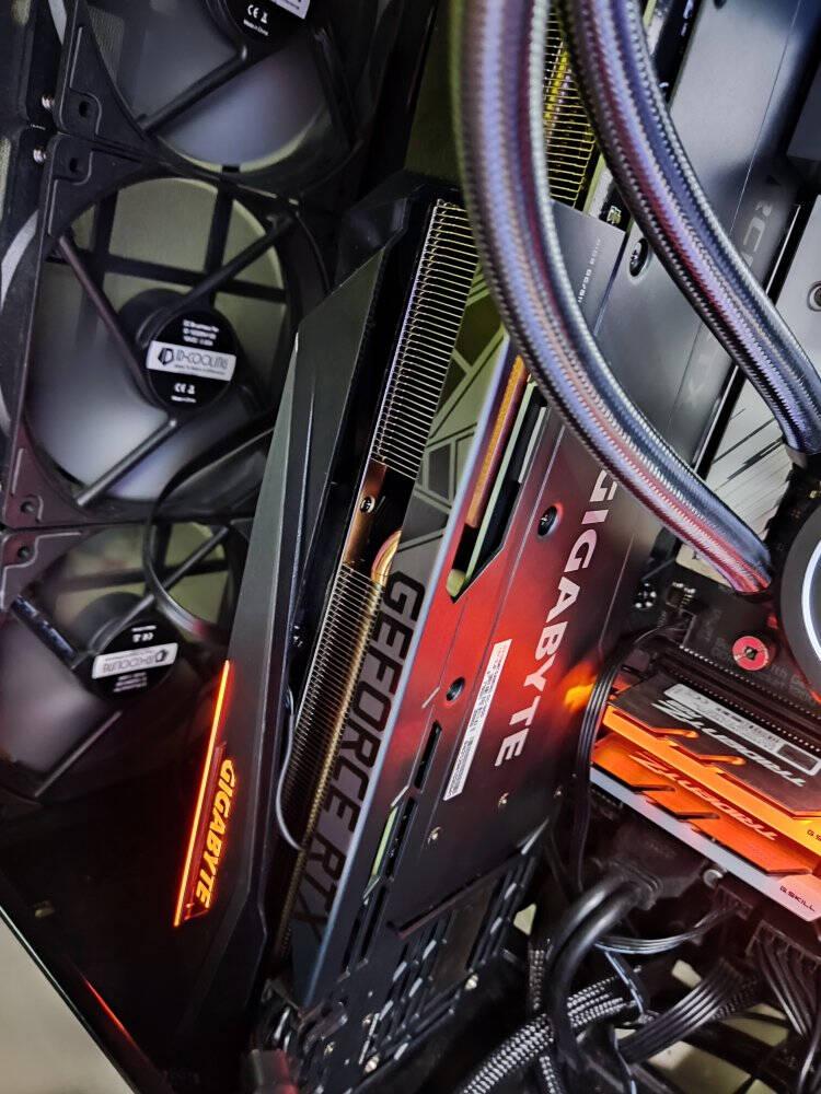 技嘉魔鹰GIGABYTEGeForceRTX3080TiGAMINGOC12G电竞游戏设计智能学习电脑独立显卡支持4K
