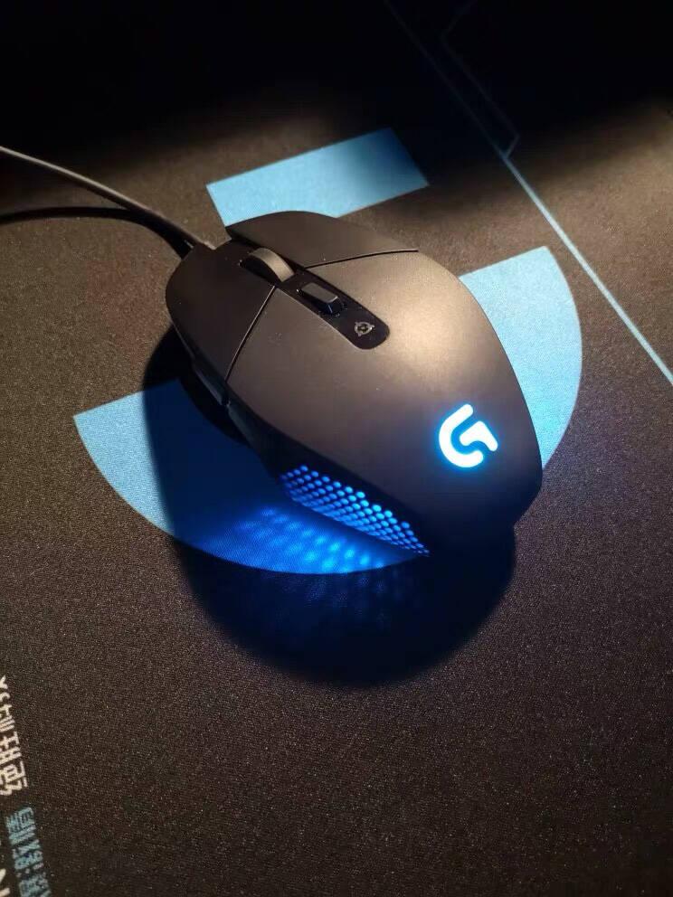 罗技(G)G302有线鼠标游戏鼠标电竞游戏鼠标MOBA游戏鼠标吃鸡鼠标绝地求生4000DPI
