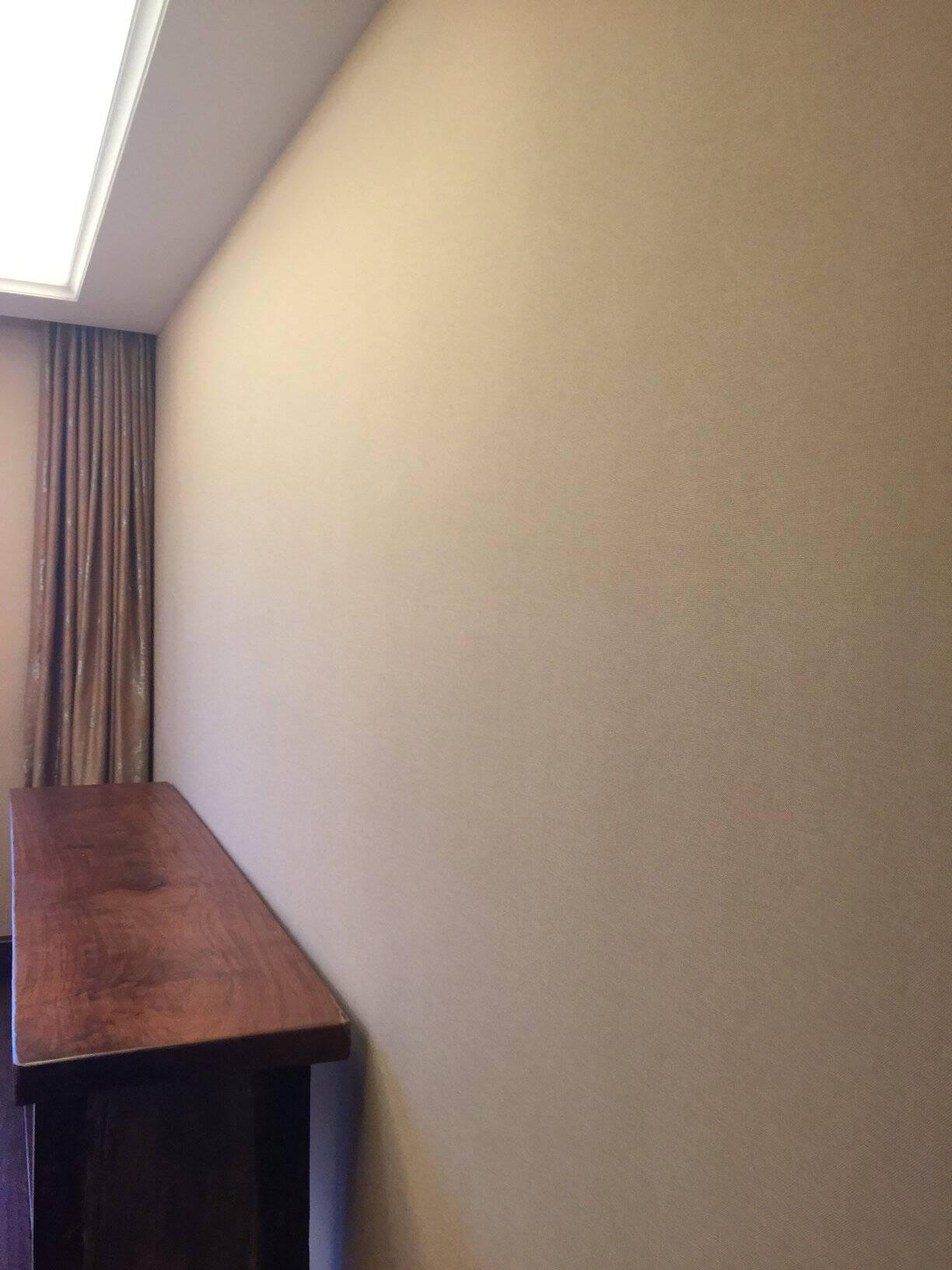 英国乐图(LETU)墙布无缝壁布现代简约电视背景墙客厅卧室个性定制布面壁纸墙纸DLS-3901A-15兰迪杏