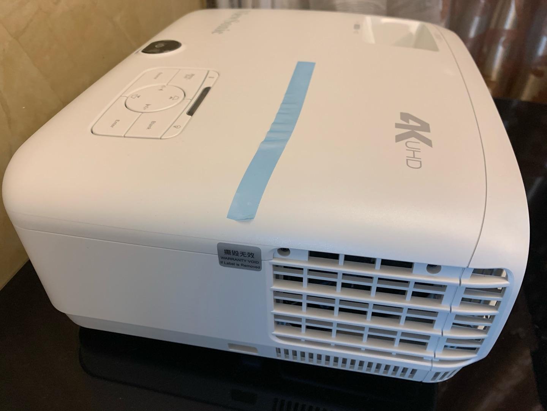 优派PX747超高清家用投影仪,直接是电影院感觉