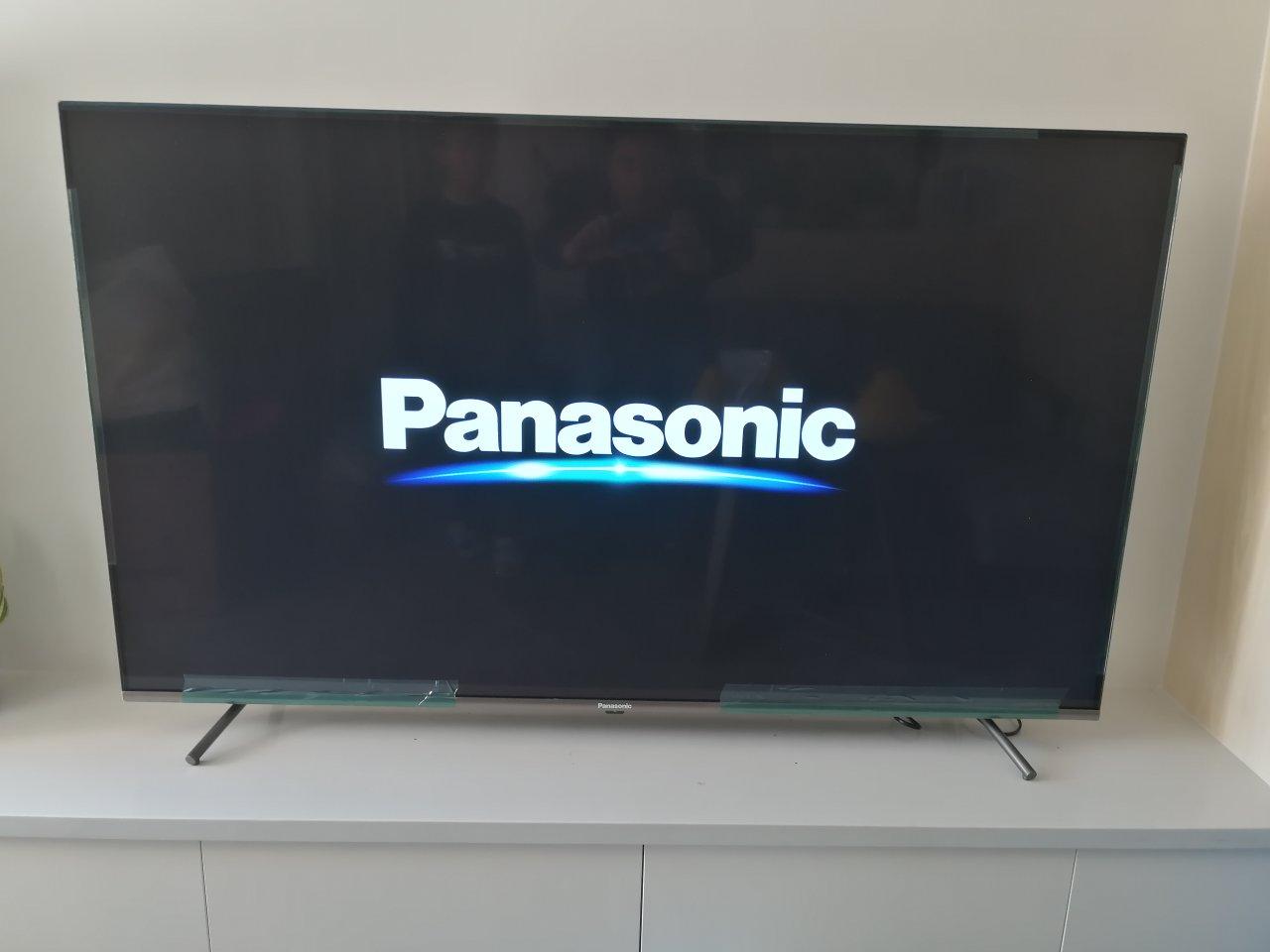 松下55英寸人工智能电视,高配置开机无广告