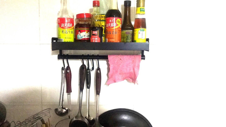 美厨(maxcook)厨房置物架免打孔通用黑色太空铝调料架调味架壁挂架40cm配挂钩MCWA060