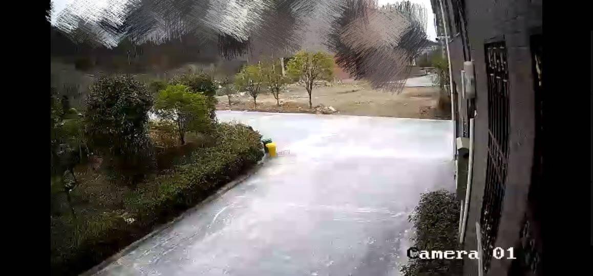 海康威视摄像头200万监控室外1080P网络高清监控摄像头带POE红外夜视50米防尘防水摄像机DS-IPC-B12-I4MM