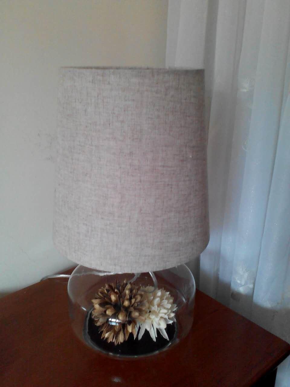 Le vieil homme à la maison pour acheter ce soir, assez de luminosité, l\'apparence de l\'atmosphère, de nouveau, la source de lumière de bonne qualité, il convient d\'acheter une lampe! 6 airmax97 0921155 shop