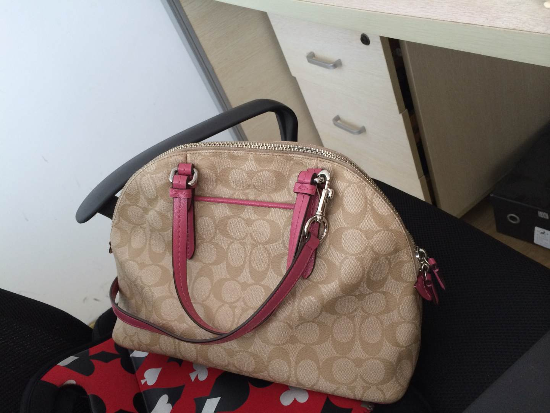 fashion accessories stores in new york 00934022 women