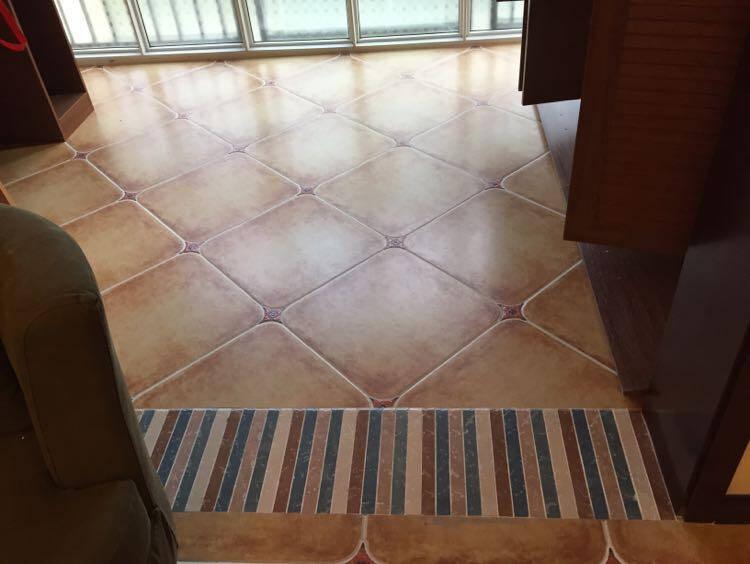 罗浮威尔(LUOFUWEIER)瓷砖仿古砖客厅地砖地中海田园地板砖美式复古瓷砖防滑阳台地砖LF5602B500*500
