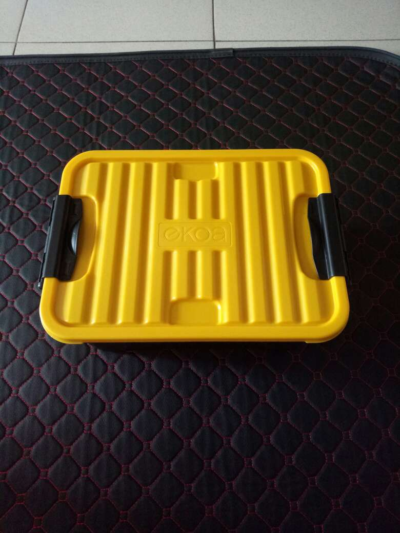 De taille appropriée dans la voiture.Mets aussi bien dans la maison, une boîte à outils de qualité est d\'accord, c\'est un peu cher. dunlop boots canada sale airmax97 0940186 store