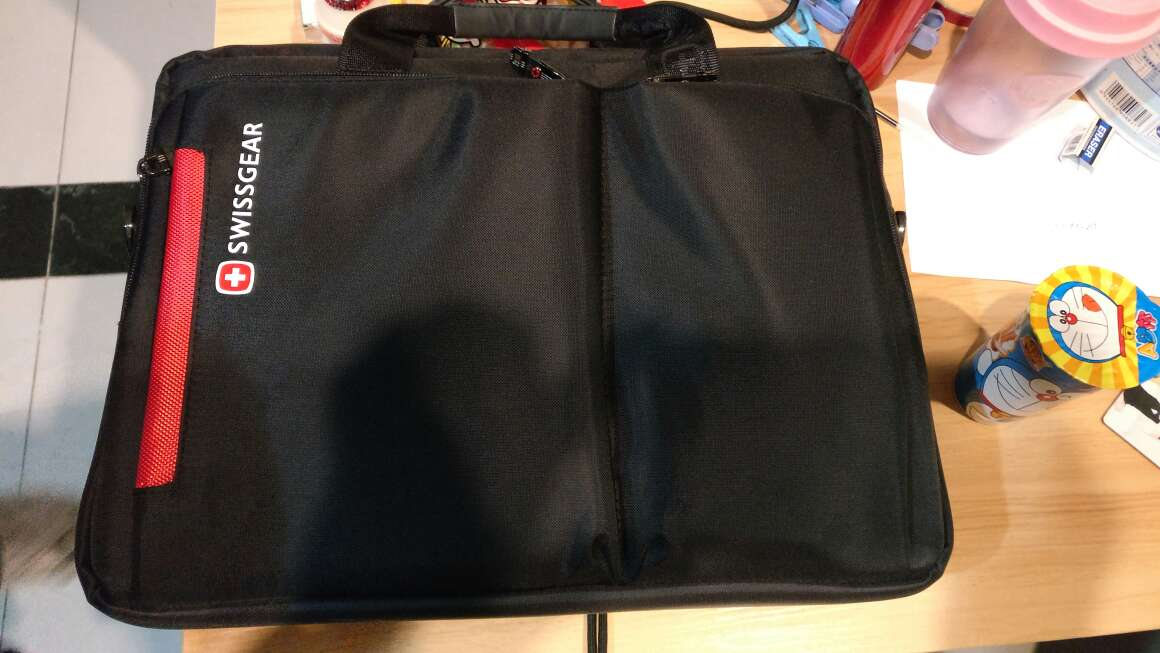 nobis 9 inch tablet cover 00994680 real