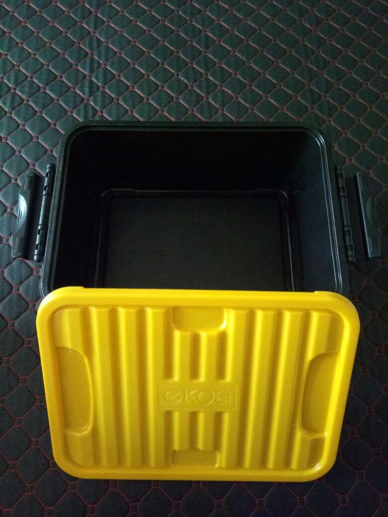 De taille appropriée dans la voiture.Mets aussi bien dans la maison, une boîte à outils de qualité est d\'accord, c\'est un peu cher. coats for juniors airmax97 0930712 cheap