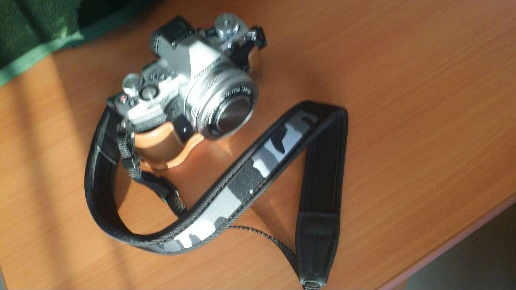 JJC微单相机减压挂脖肩带背带索尼A6400A6300A6000佳能M50M6M100富士黑色