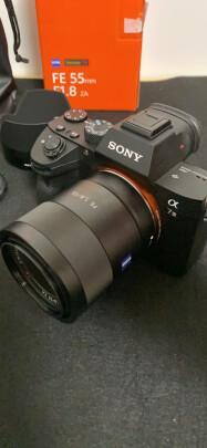 索尼SEL55F18Z和适马35mm F1.4 DG HSM到底区别大吗,成像效果哪个比较好?哪个颜色明亮?