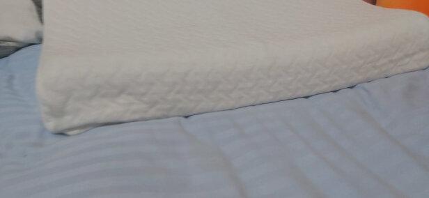京东京造青少年乳胶枕头与恒源祥乳胶枕哪个好?哪个透气性更好?哪个尺寸适宜