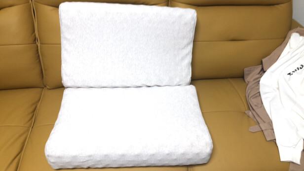 睡眠博士超大颗粒按摩乳胶枕跟paratex 乳胶枕哪款好点?舒适度哪款更加高?哪个做工精致