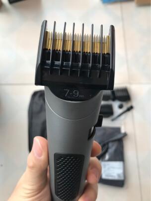 雷瓦RE-6305跟小适电动理发C2-BK区别大吗,刀头哪款更锋利,哪个外观漂亮