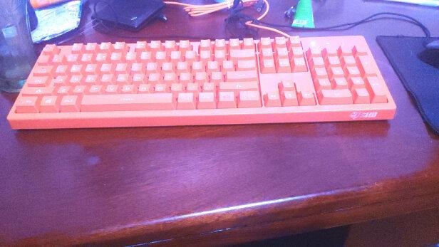 斗鱼DKS100橙色对比飞利浦SPT6501B区别是什么?哪款做工比较好?哪个按键舒服?
