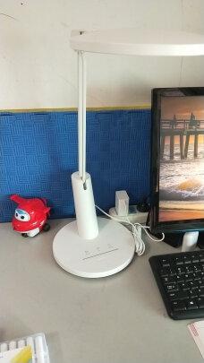 欧普台灯对比雷士台灯哪个更好?做工哪个比较好?哪个做工一流