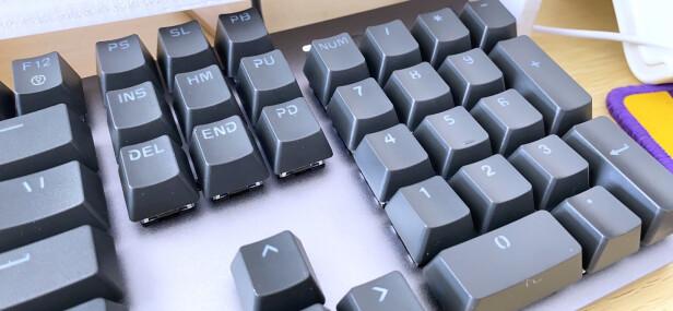 罗技K845与CHERRY MX Board 1.0 TKL究竟区别是什么,哪款做工比较好?哪个按键舒服?
