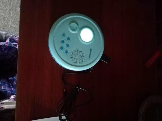 纽曼DVD-L560究竟好不好?连接简单吗?柔和舒适吗?