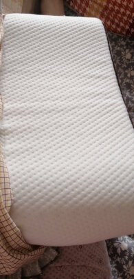 南极人床上用品对比VIKAR VK4区别是??材质哪个舒服?哪个方便简捷