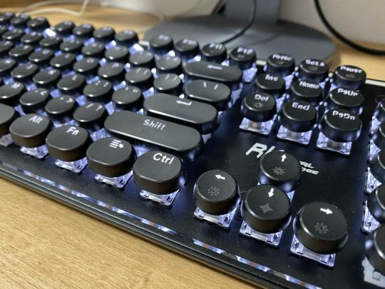 RK 圆点蓝牙机械键盘好不好?做工够好吗?十分流畅吗?