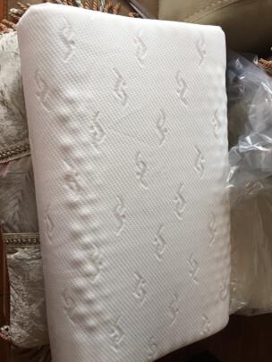 南极人乳胶枕和VIKAR VK4究竟如何区别,弹性哪个更强,哪个优质好用?